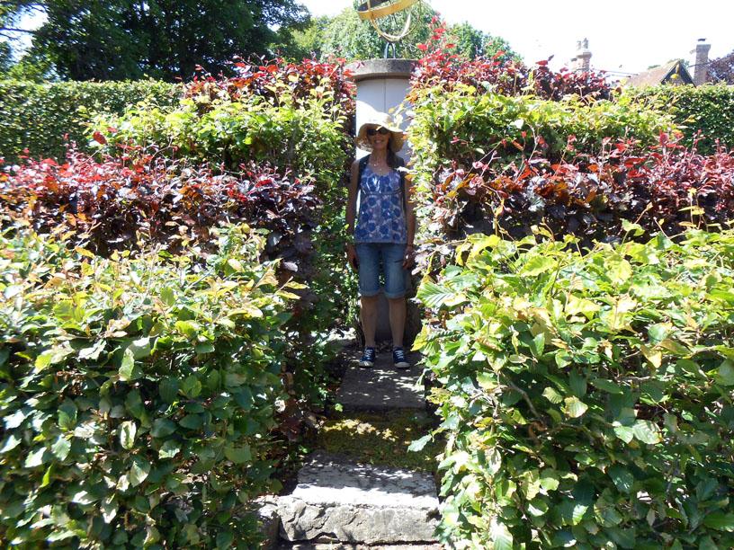 Sarah (Friston Manor Gardens)